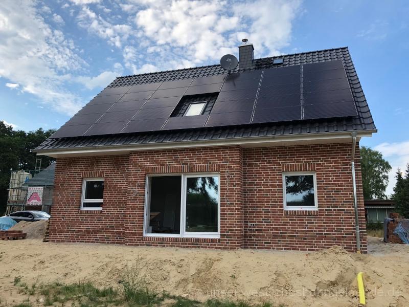 KW 31 – Lieferung Garagendach, Fliesen, Elektro und Wetterstation