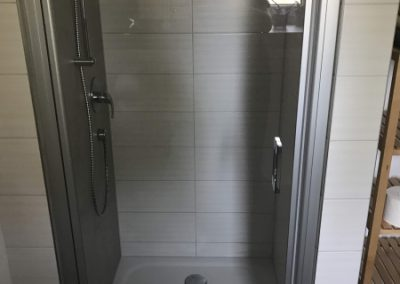 Duschtür im EG